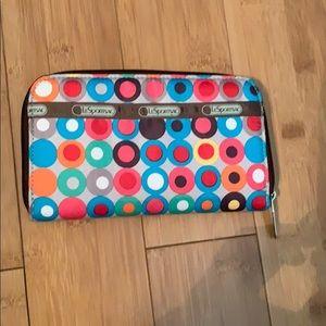 Lesportsac zip up wallet